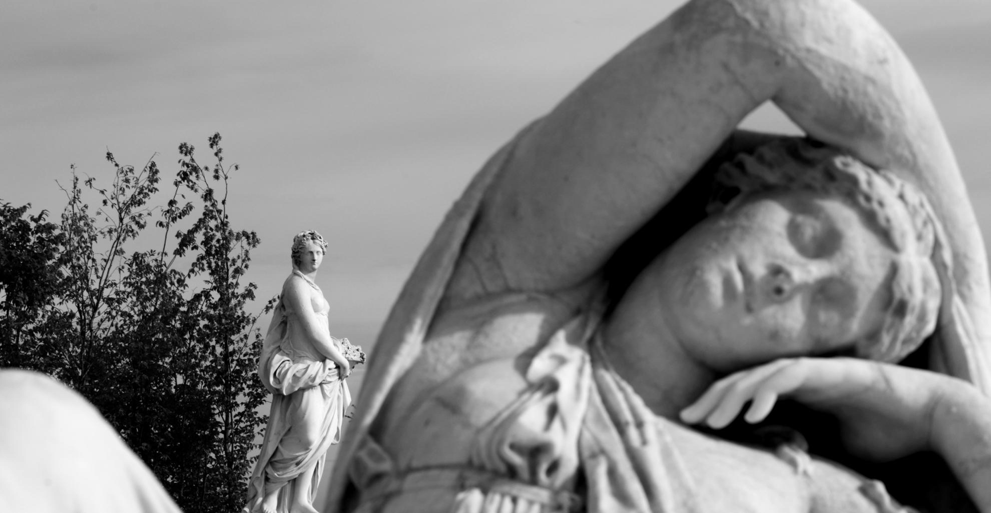 Détail statut jardin de Versailles